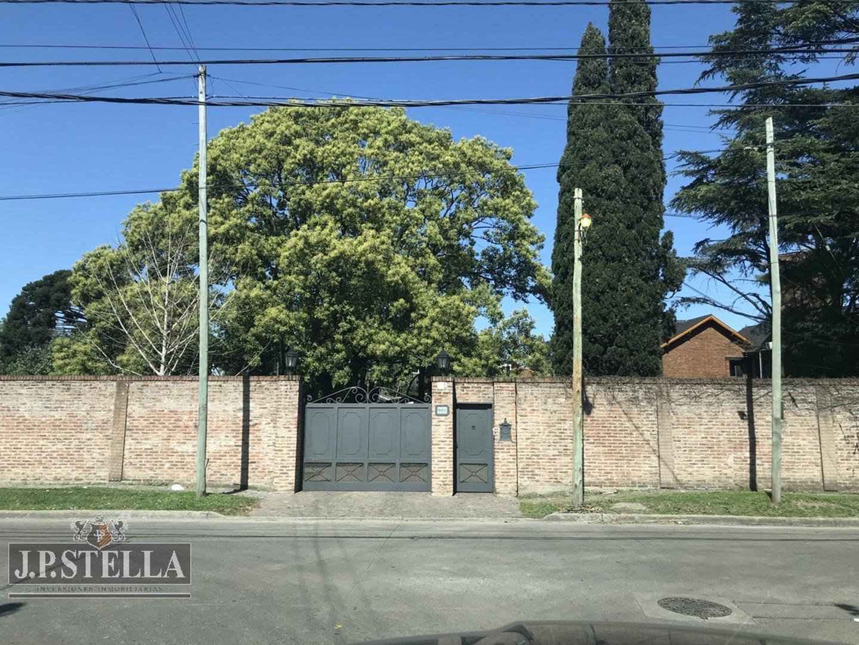 Casa en Venta en Barrio Marina - 6 ambientes