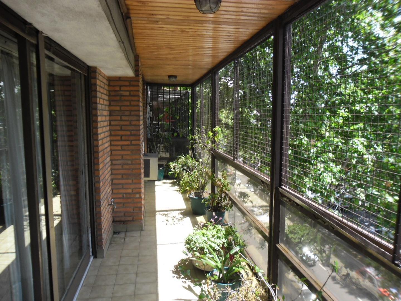 CABALLITO NORTE / V.CRESPO - H. Pueyrredón 1500 - 4 amb. c/dep, cochera y baul., con balcón al fte.