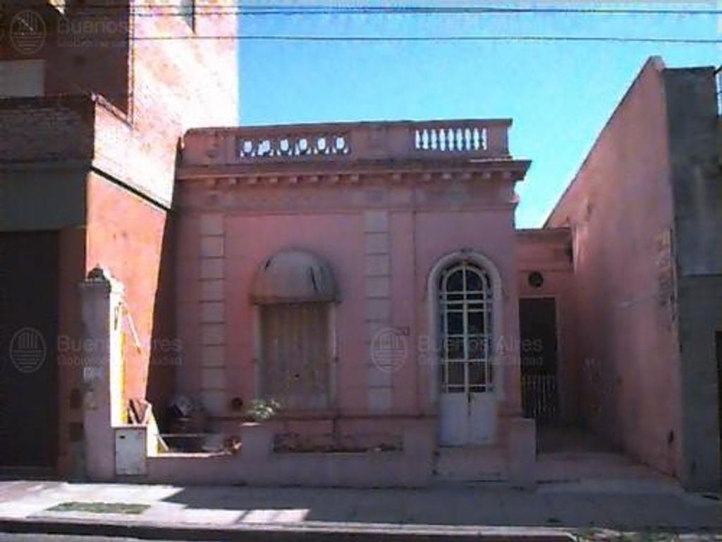 LOTE, ZONA DE FLORES, DIRECTORIO AL 3100