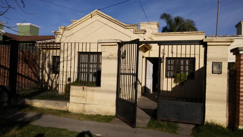 Casa en venta en comodoro rivadavia 3367 barrio grand bourg argenprop - Precio vallar terreno ...