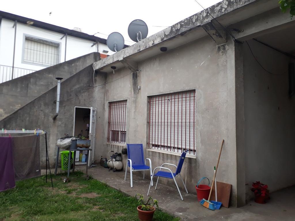 Venta de 3 departamentos en florencio varela barrio centro