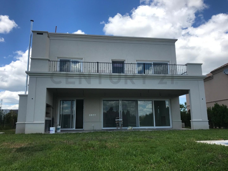 Casa en Venta - 7 ambientes - USD 630.000