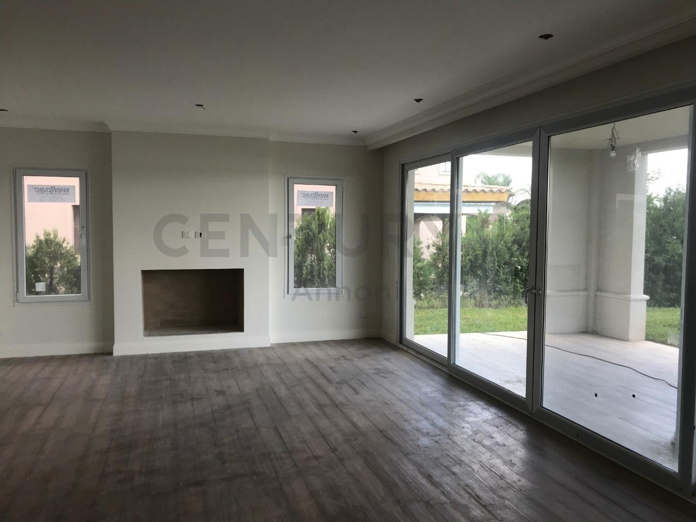 Casa - 290,50 m²   5 dormitorios   A Estrenar