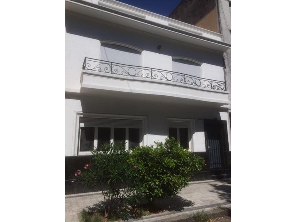 Departamento Tipo Casa En Venta En Paysandu 700 Caballito  # Muebles Paysandu