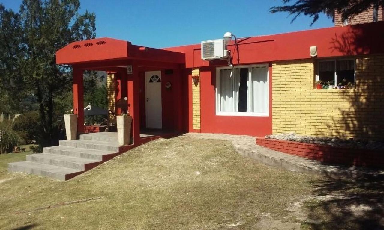 Nºref: 777 -APTA CREDITO HIPOTECARIO Impresionante propiedad en Bialet Masse barrio mirador del lago