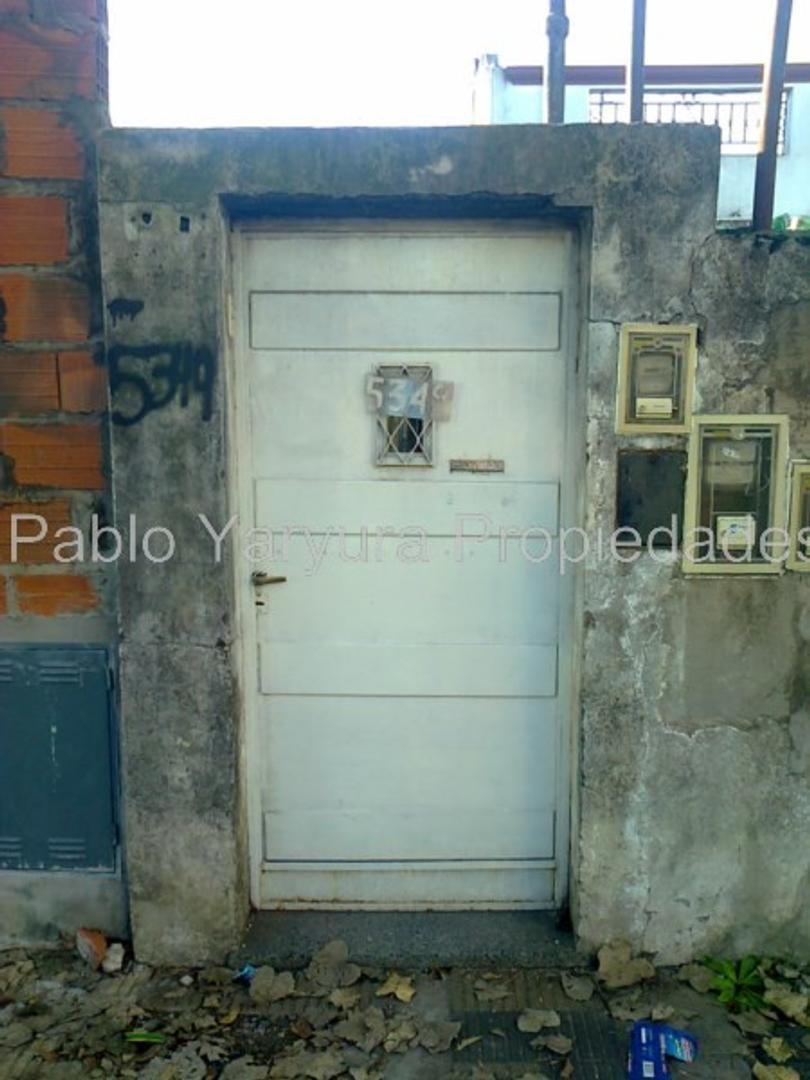 XINTEL(YAR-YA1-11629) Departamento Tipo Casa - Venta - Argentina, Tres de Febrero - CARHUE 5349