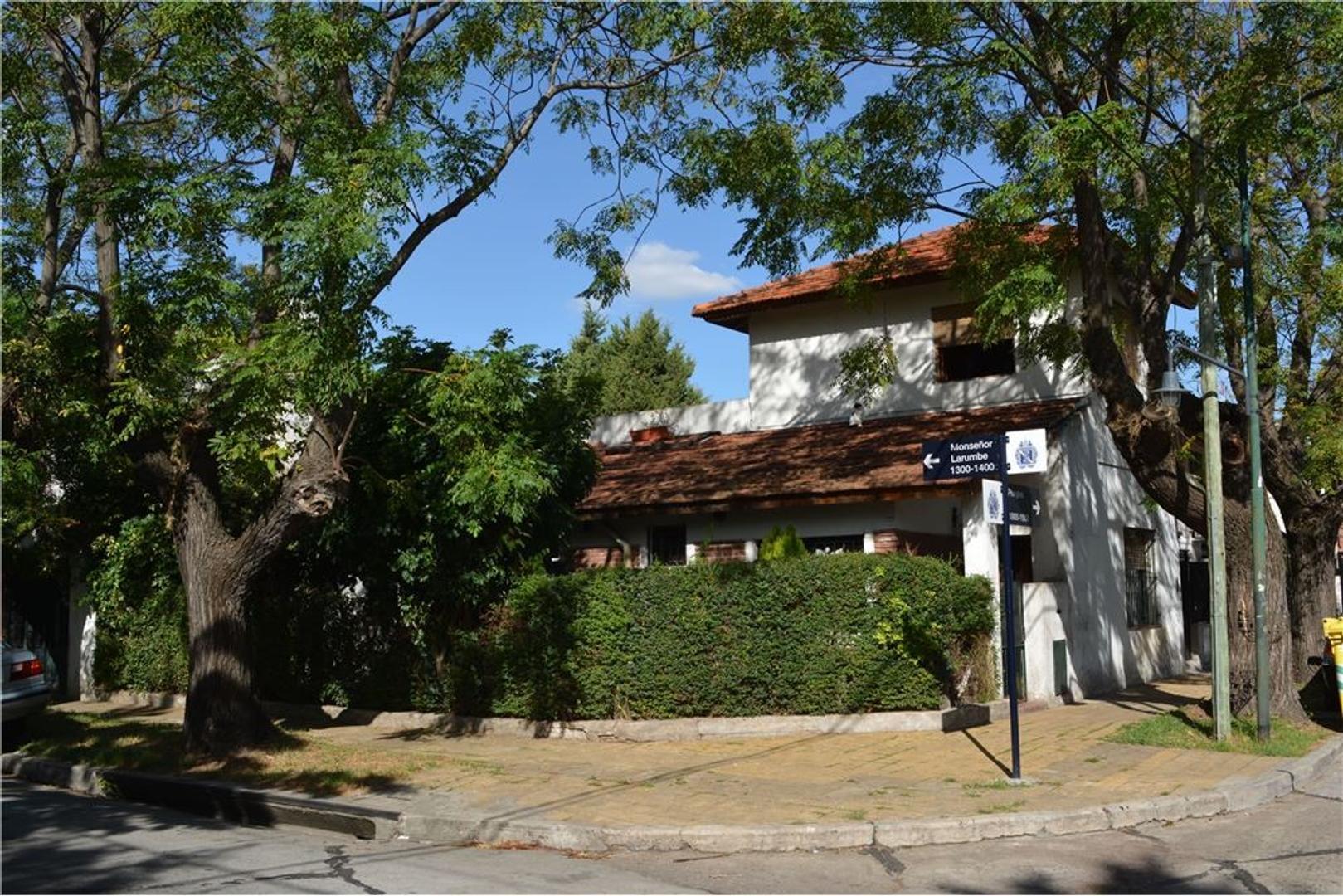 Casa 4 ambientes + escritorio en Martinez