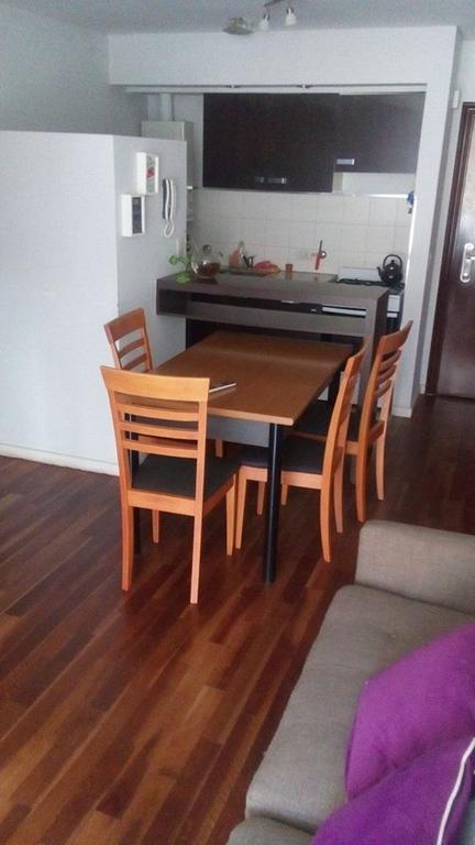 Dueño vende excelente departamento 2 ambientes totalmente amueblado en centro de Rosario