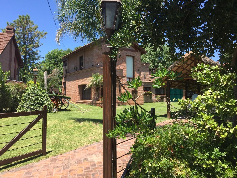 Casa en Venta en Nautico Escobar