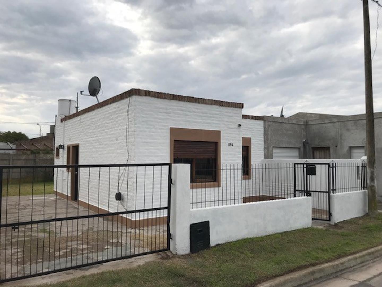 XINTEL(MEP-MEP-2179) Casa - Alquiler - Argentina, Coronel Suárez - PASAJE A 594