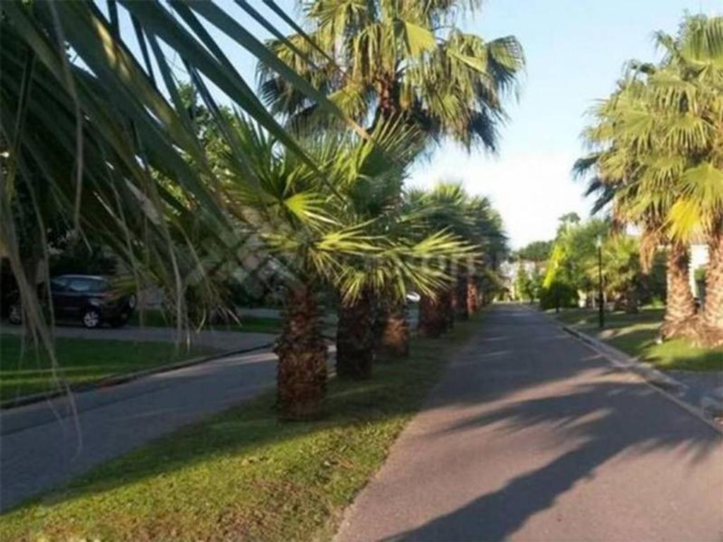 JMR Propiedades | Barrio La Pradera | Excelente Casa en venta