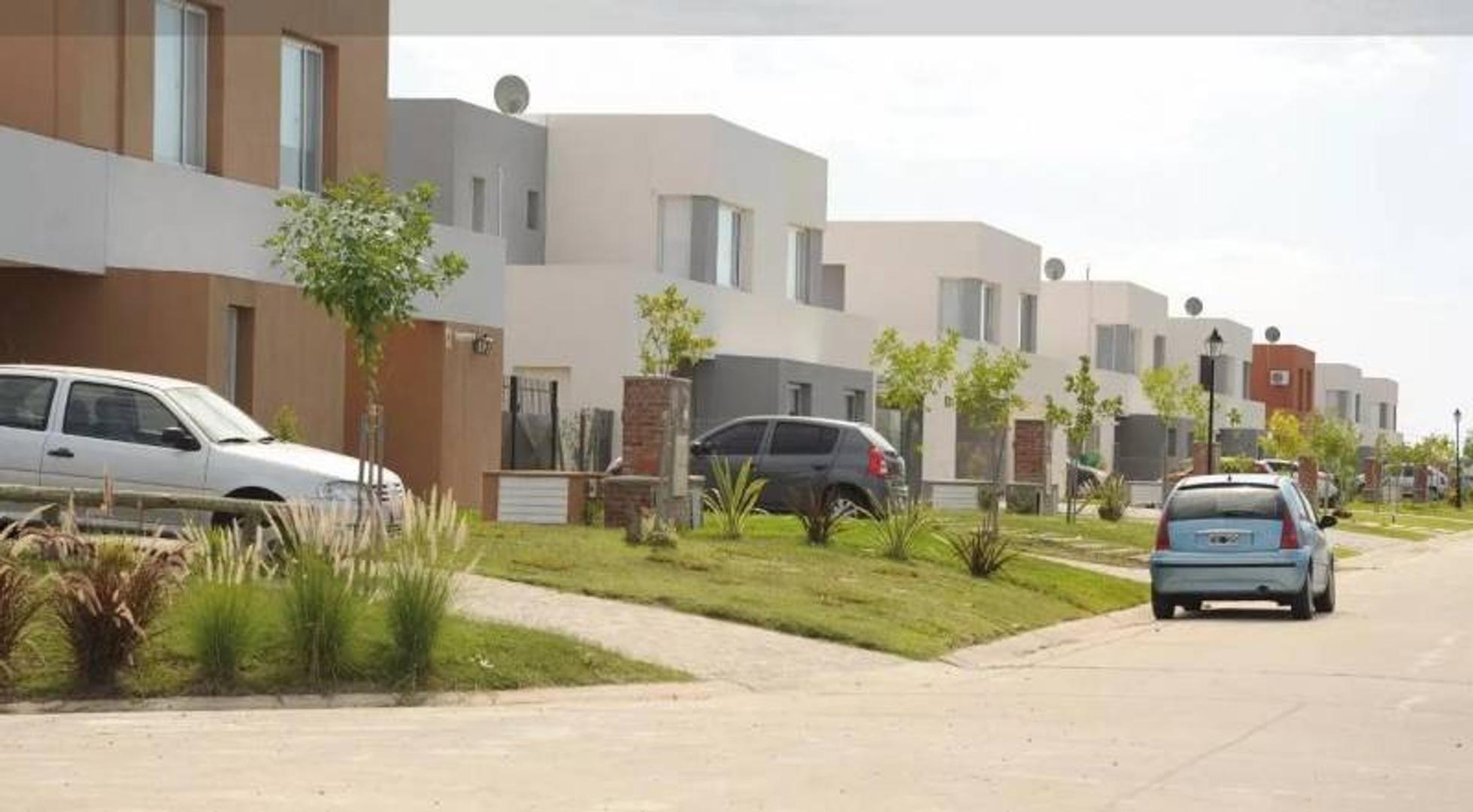 Casa en venta en Santa Ana, Villa Nueva