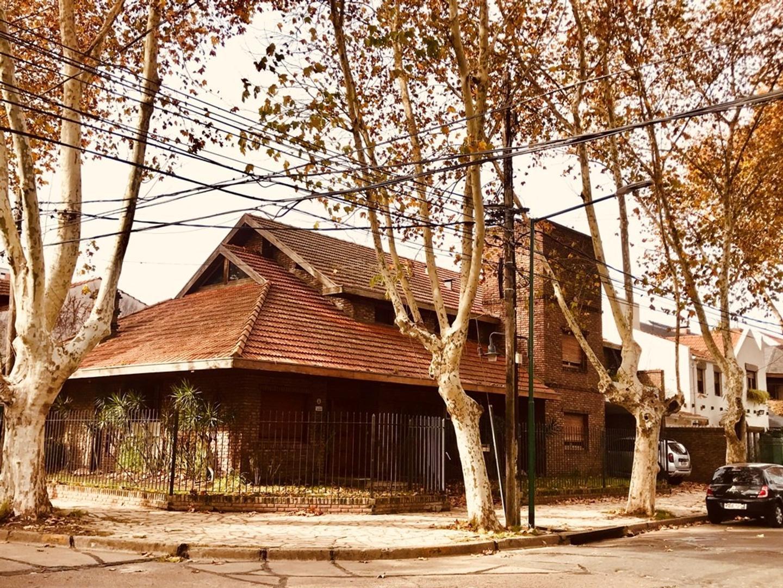 Casa en Venta en Acassuso - 6 ambientes