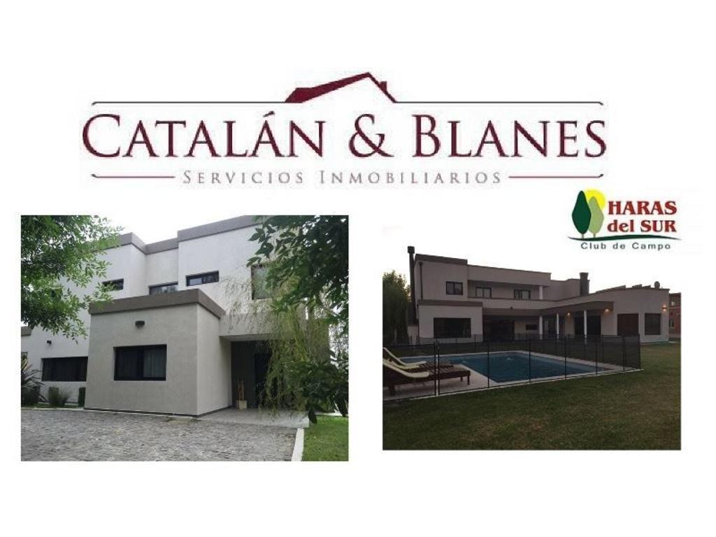 Importante Residencia con detalles que le agregan confort a la propiedad. Impecable estado!.