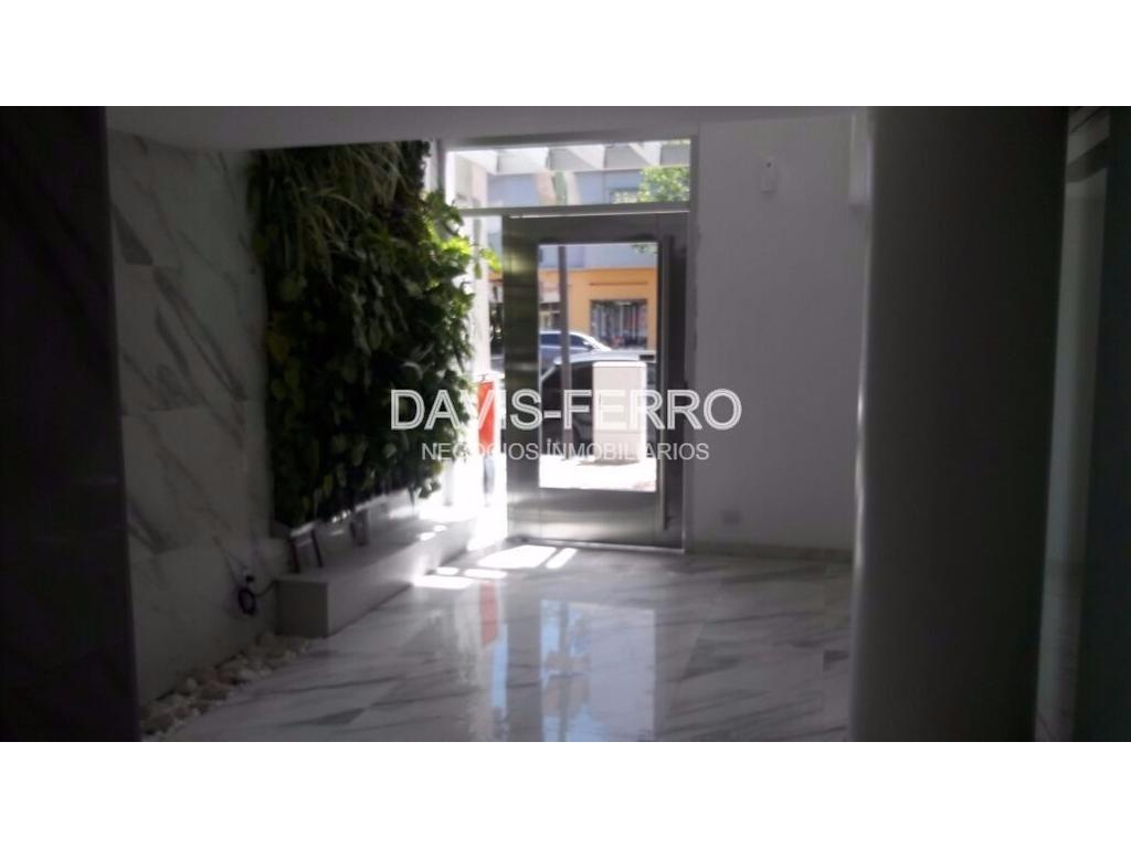 Av. Mosconi 2300- Depto 2 ambientes con balcón - Villa Pueyrredón