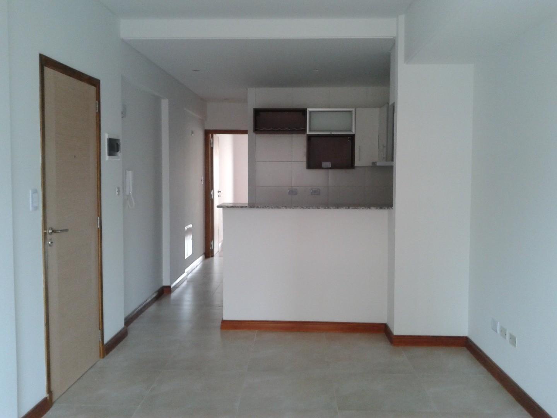 Departamento de 2 ambientes a metros Plaza Conesa
