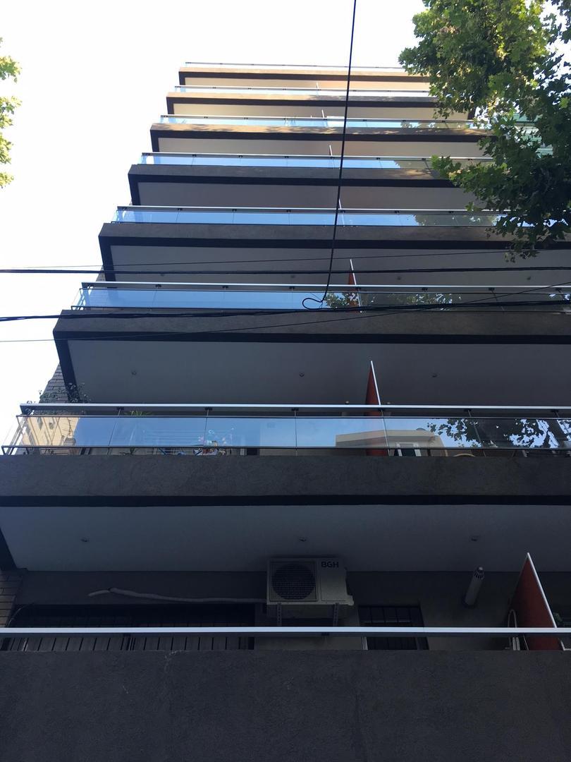 XINTEL(LEP-LE1-11313) Departamento - Venta - Argentina, Capital Federal - AGUILAR  AL 2500