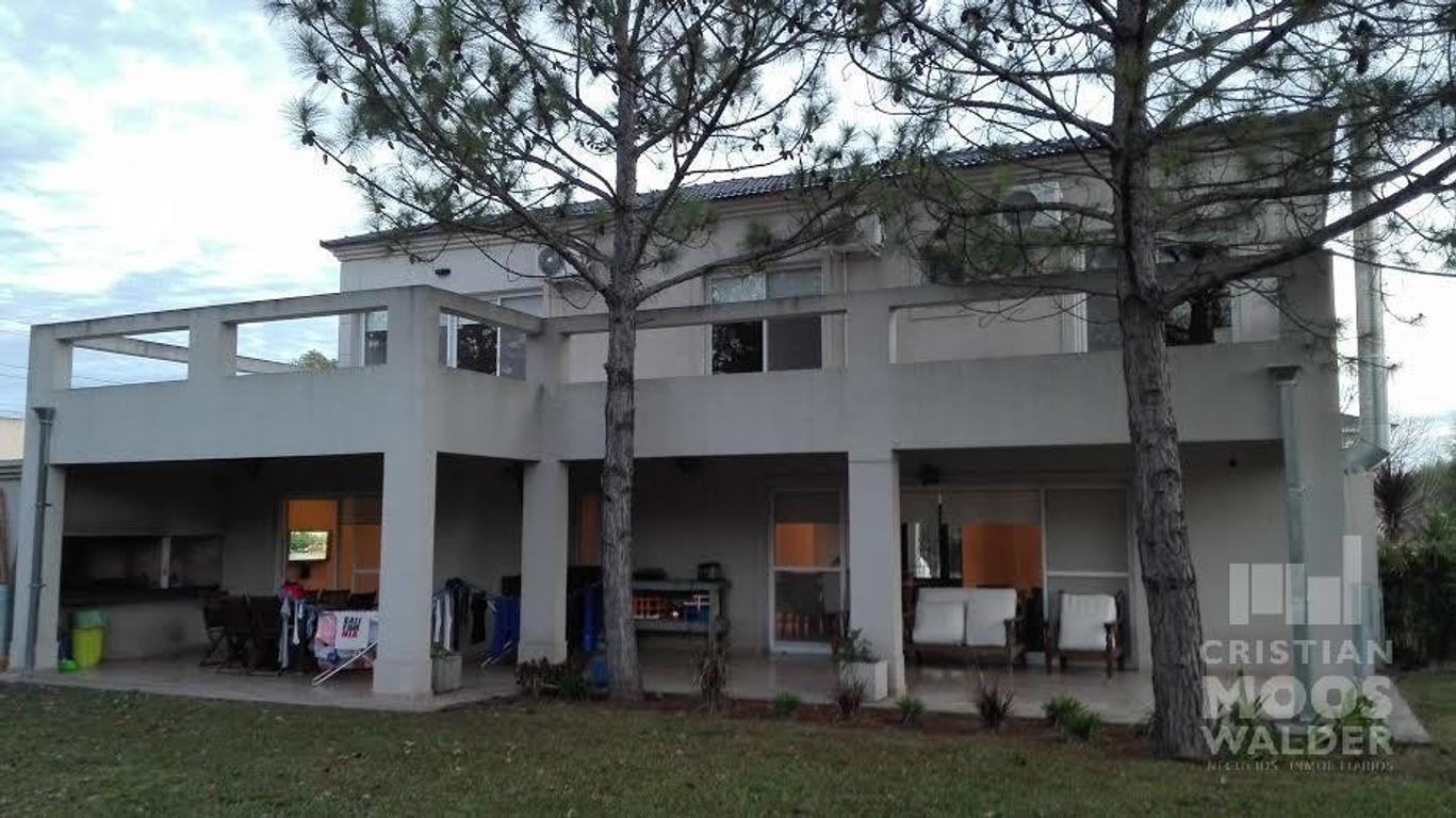 Hermosa Casa Barrio Cerrado Septiembre