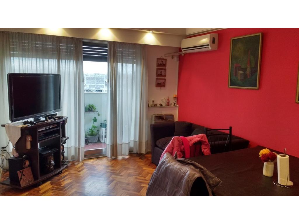 Hermoso Departamento 4 ambientes al Frente 7º piso en Villa Crespo - Av. Corrientes al 6000