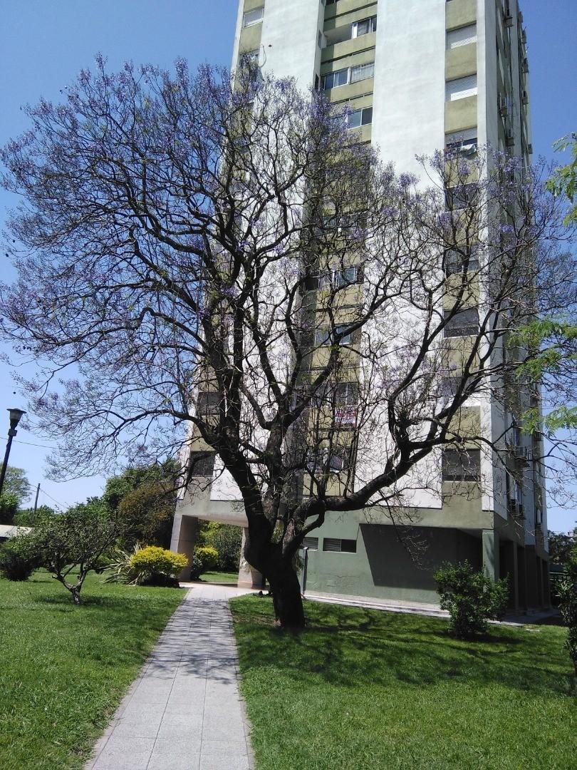Departamento en Venta en Villa Celina - 3 ambientes
