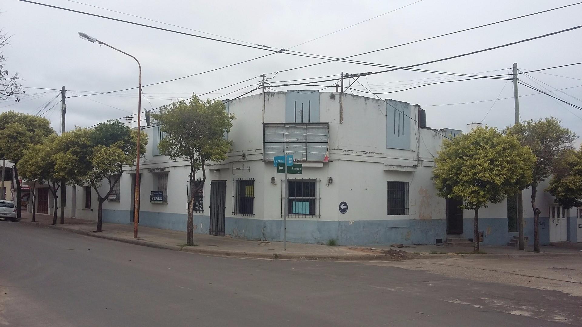 Luis N.Palma esquina Montiel