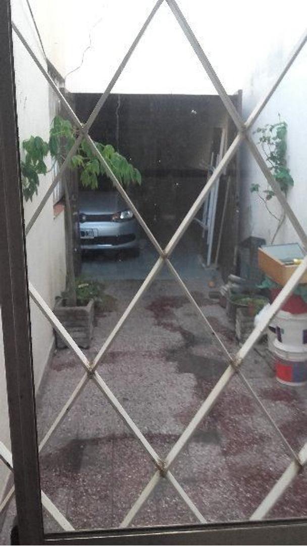 Chalet de 7 ambientes en Villa Sarmiento