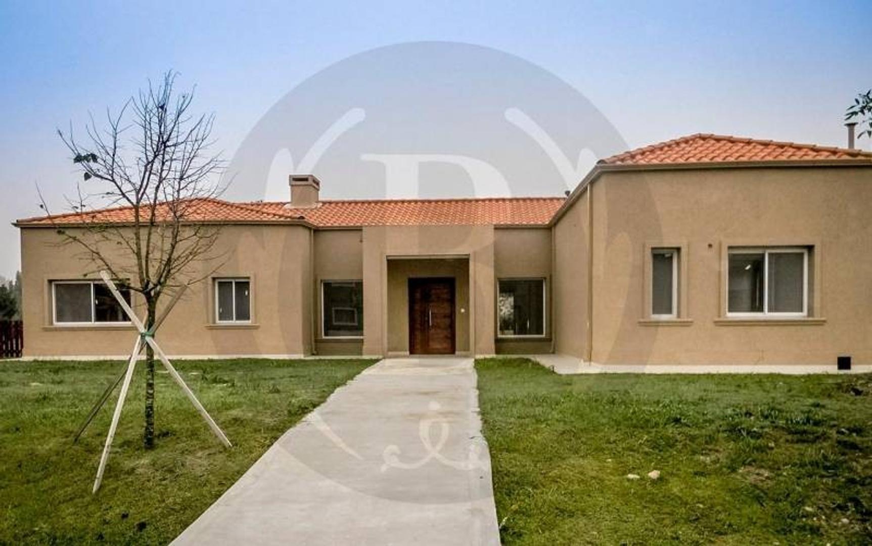 BUSTAMANTE PROP. barrio LOS JAZMINES - 7264 - escriturable apto crédito - Casa - Venta  - Pilar