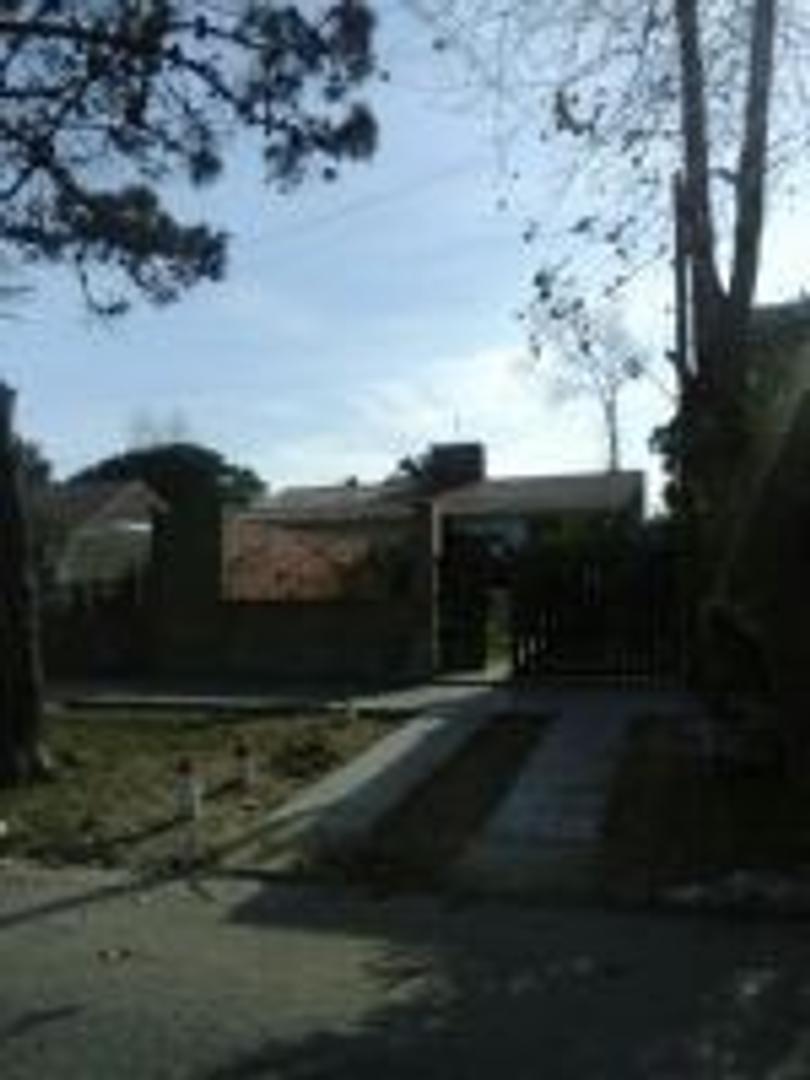 Casa mas depto en Las Toninas
