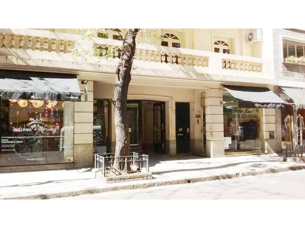 Rodriguez Peña - Alvear: categoría frente balcón living y comedor 3/4 dormitorios impecable