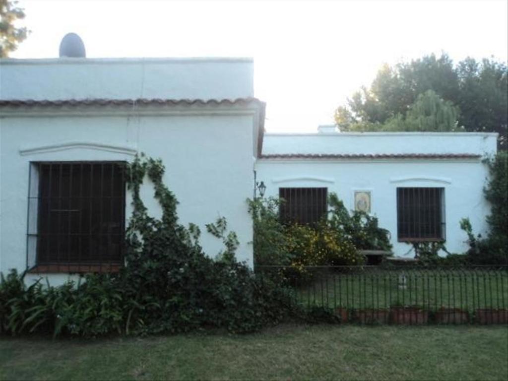 Casa en Venta de 4 ambientes en Buenos Aires, Pdo. de Pilar, Countries y Barrios Cerrados Pilar