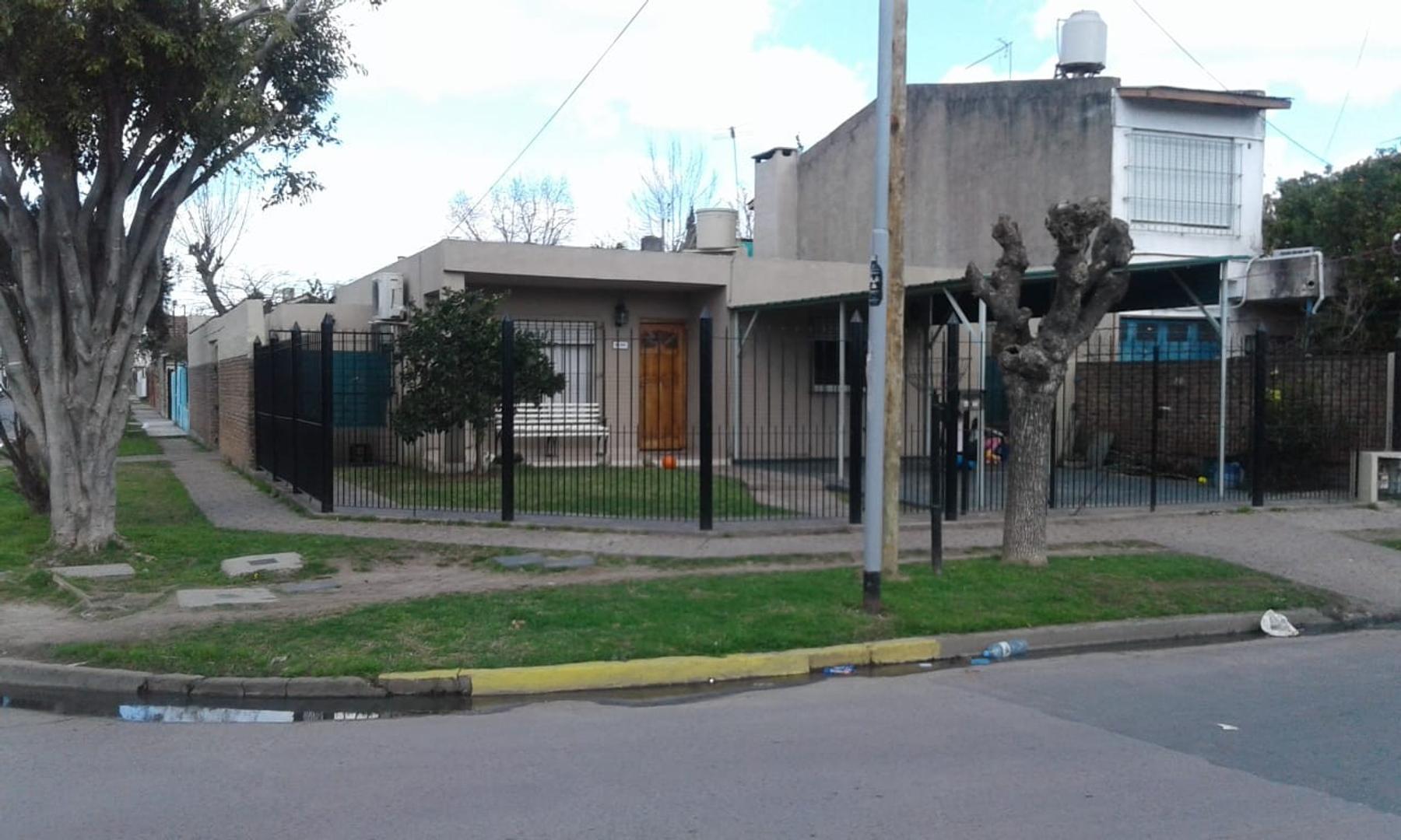 Casa en Venta en Troncos Del Talar - 3 ambientes