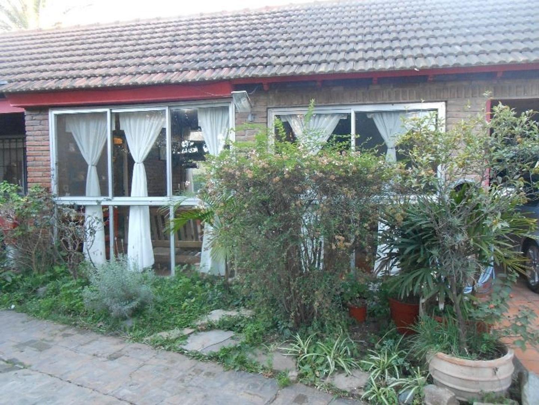 """Casa quinta en Gral.Rodríguez, Barrio """"Parque Irigoyen""""."""