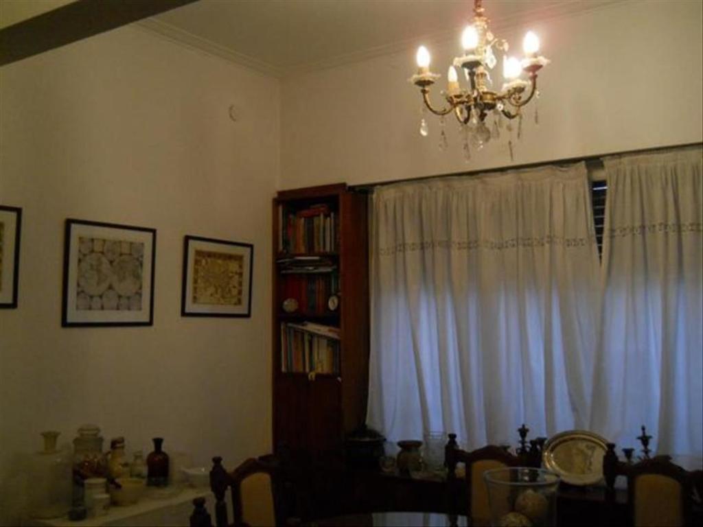 Casa en Venta de 3 ambientes en Buenos Aires, Pdo. de La Plata, La Plata, Microcentro