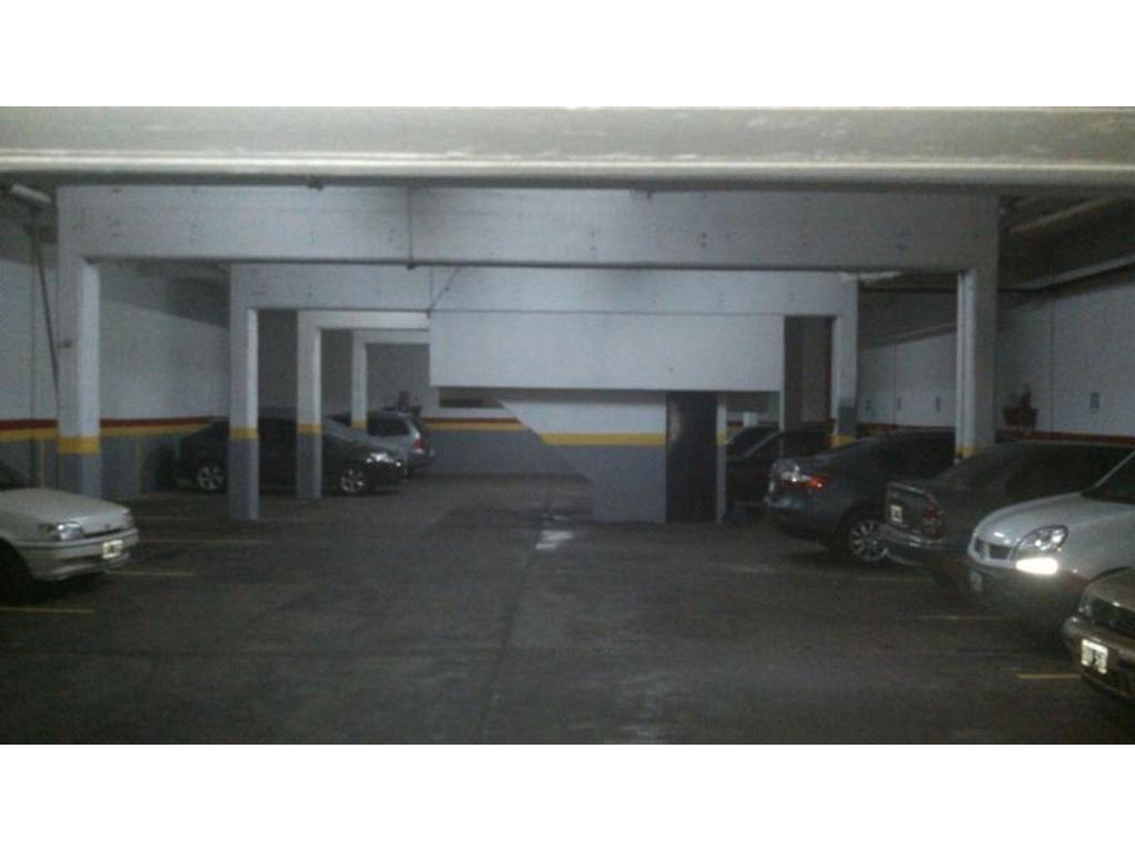 Fondo de comercio en venta en sarmiento 4200 almagro for Stima del costo del garage gratuita