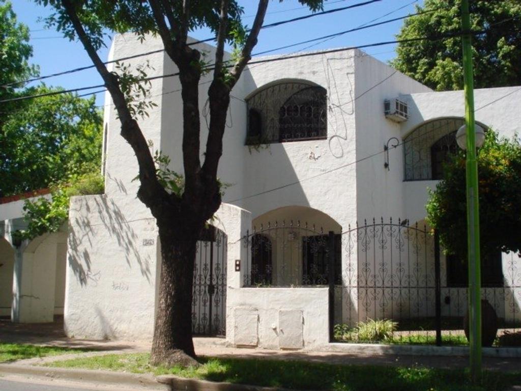 ref - venta - casa - 260 - LC 1464