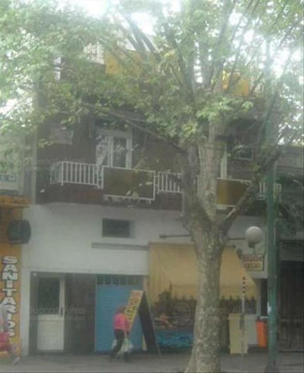 Departamento tipo casa en Venta de 7 ambientes en Capital Federal, Parque Patricios
