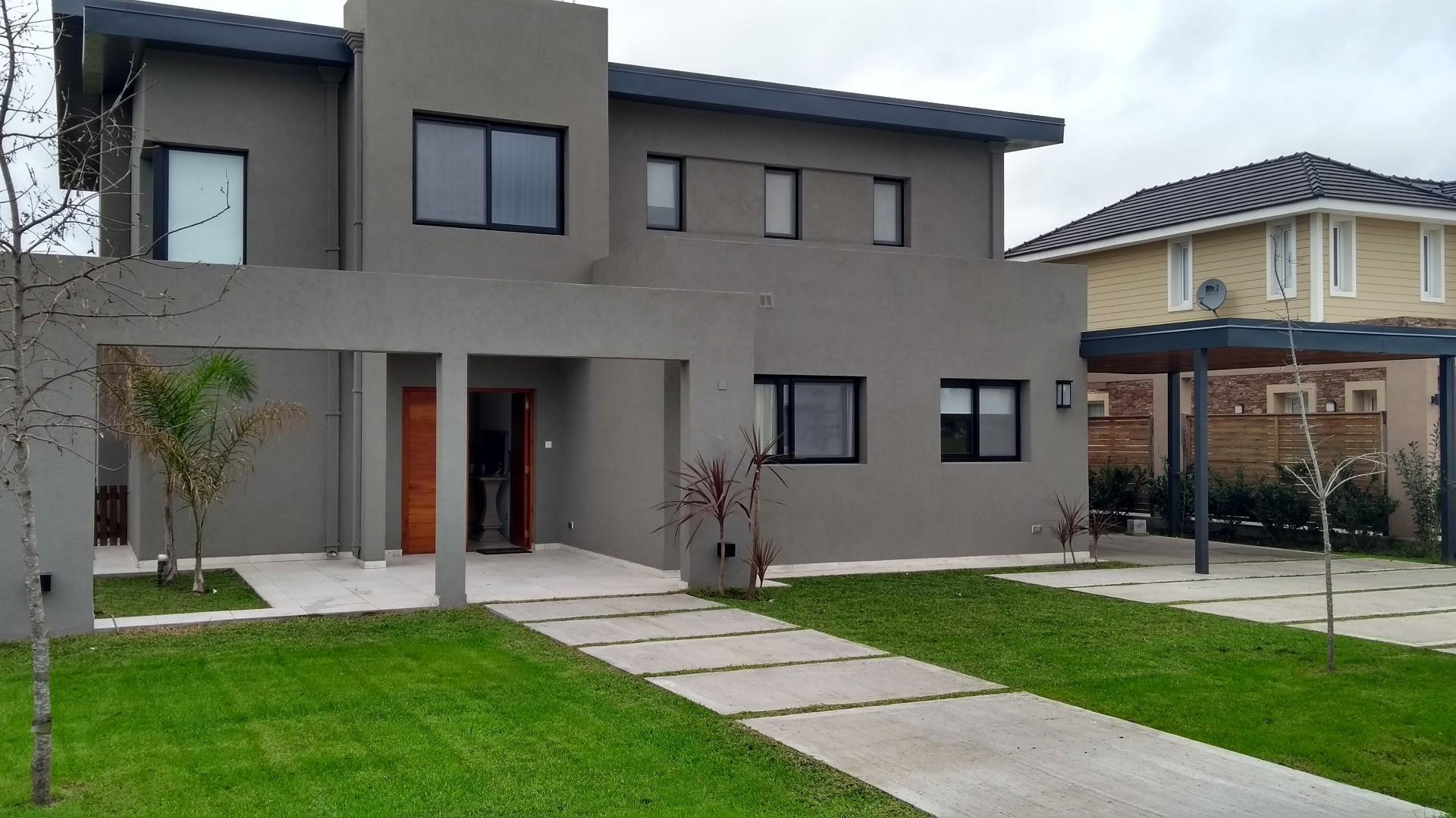 Venta casa excelente calidad en Altos de Campo Grande en Pilar
