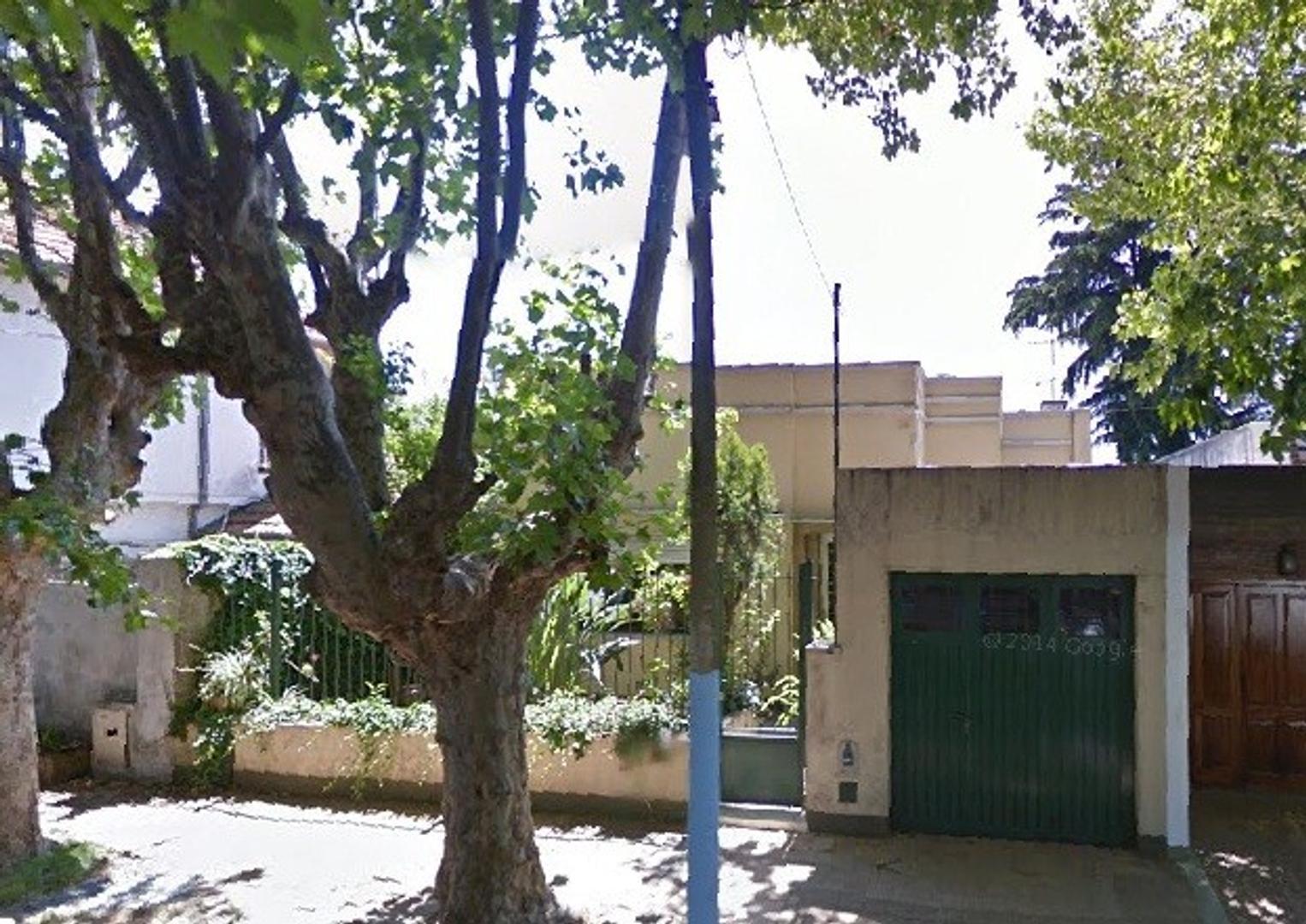 Casa de 4 ambientes - Pringles y Olavarría, Quilmes Centro