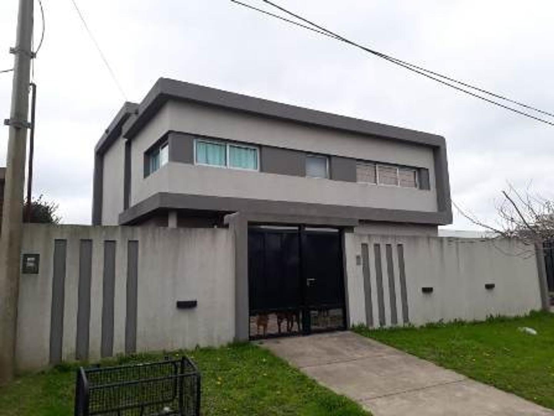 Casa en Venta en Joaquin Gorina - 7 ambientes