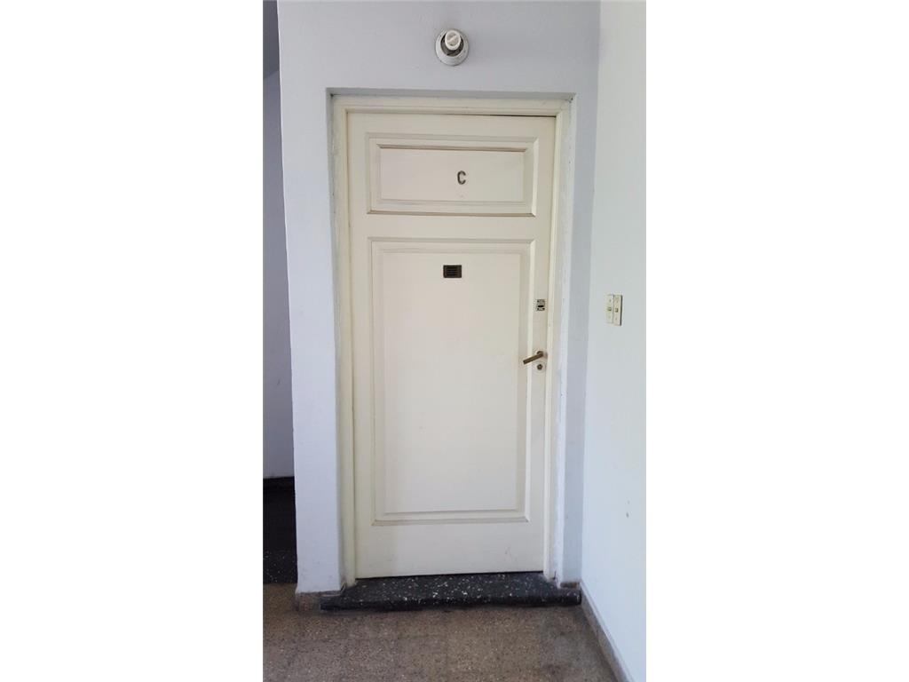Oliden al 1200 2 ambientes sin expensas, primer piso