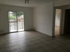 Alquiler Excelente departamento Dos ambientes con balcón corrido