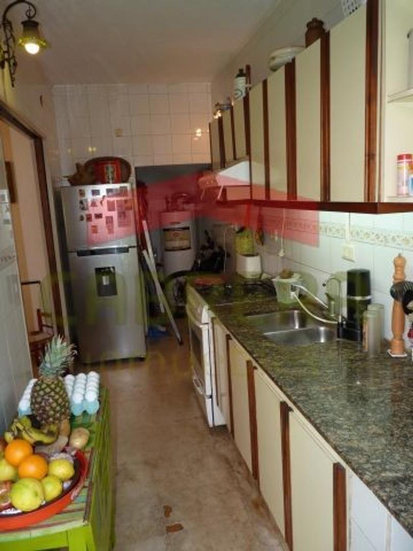 Venta. Duplex.5 ambientes en Olivos, con cochera - Foto 17