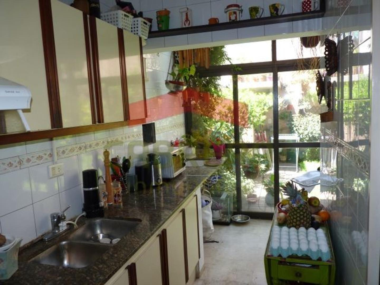 Venta. Duplex.5 ambientes en Olivos, con cochera - Foto 19