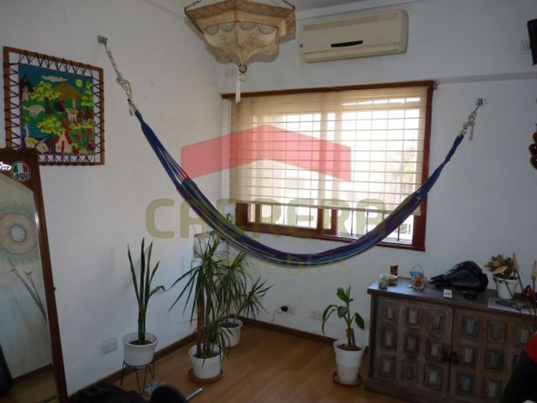 Casa en Venta - 5 ambientes - USD 285.000