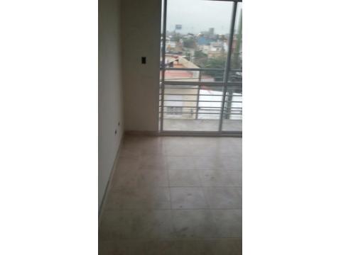 Departamento tipo casa 2 ambientes al frente con balcon a estrenar