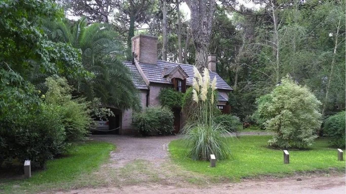 Casa  en Venta ubicado en Carilo, Costa Atlántica - EII0053_LP167261_1