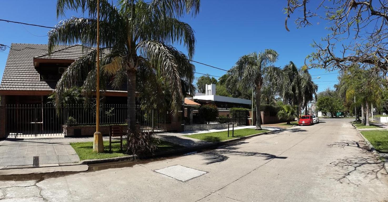 Hermosa casa de 4 dormitorios en Guadalupe a pasos de la costanera