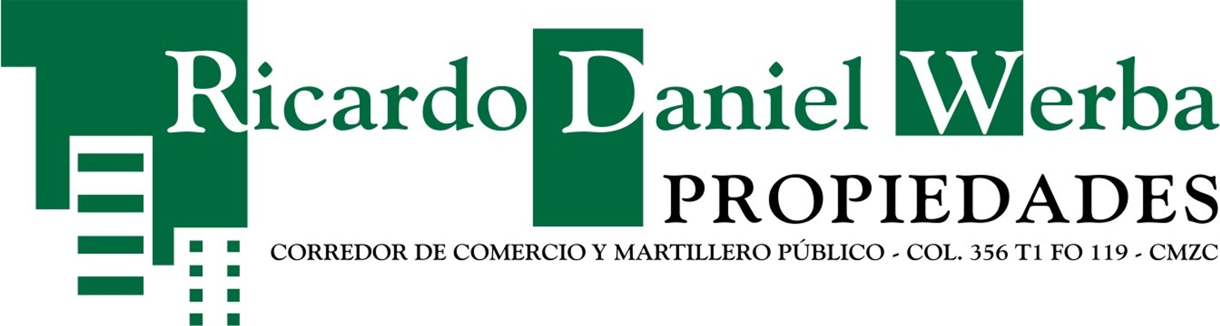 DEPARTAMENTO ENFRENTE DE LA PLAZA PRINCIPAL