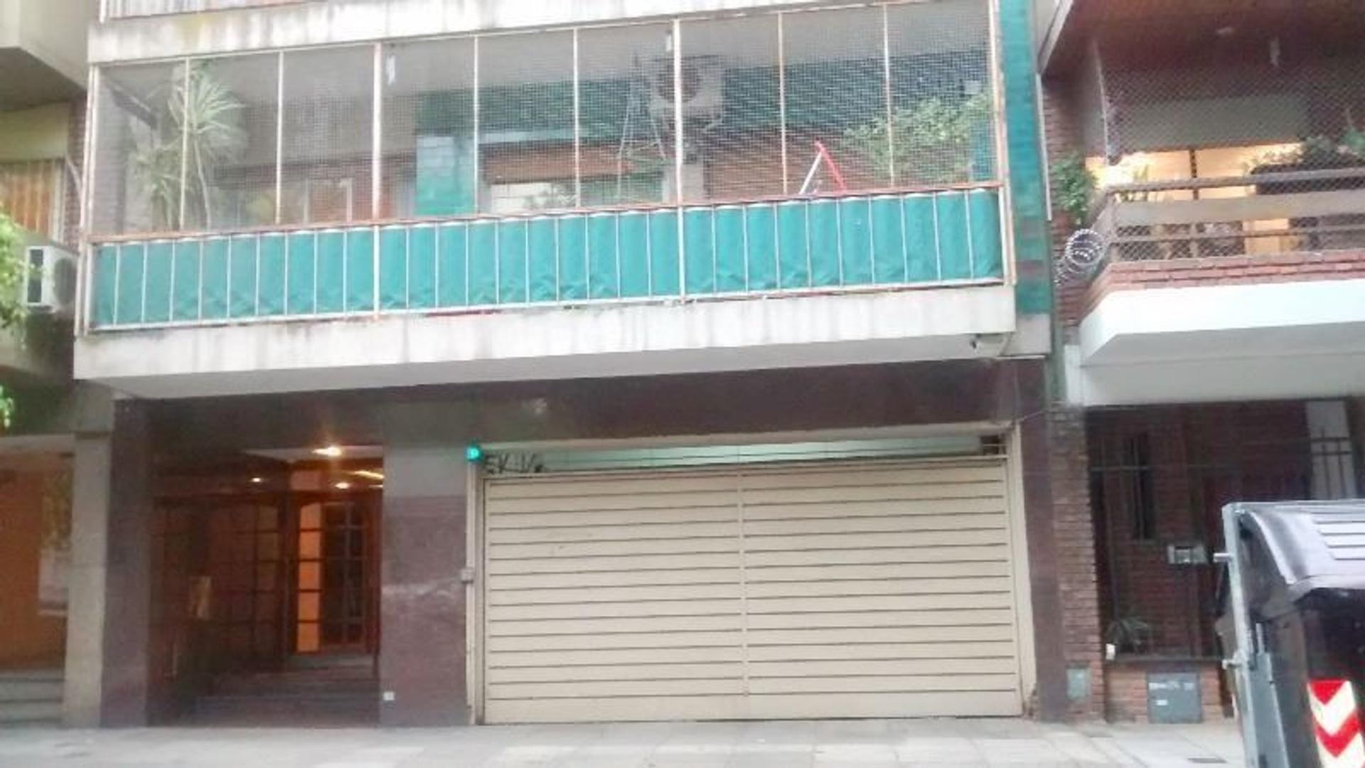 4 AMBIENTES 82 M2 EN DÚPLEX. 3 BAÑOS.COCHERA CUBIERTA. 8 PISO CONTRAFRENTE. VISTA PANORAMICA..
