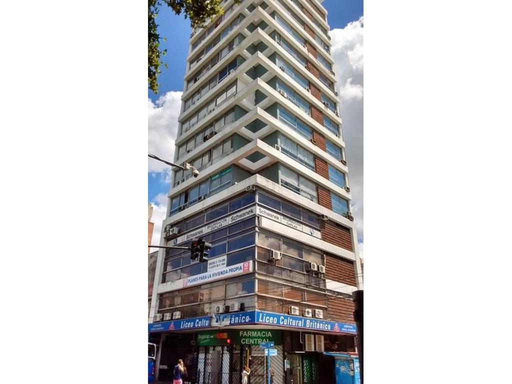 Excelente oficina Alquiler/ Venta - Edificio PROMOTORA